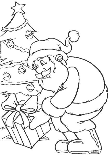 дед мороз кладет подарки