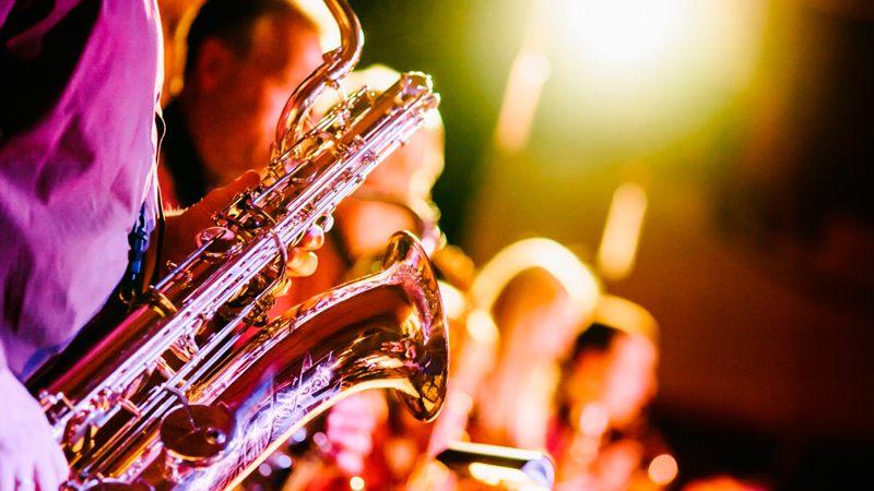 Саксофон или барабанная дробь